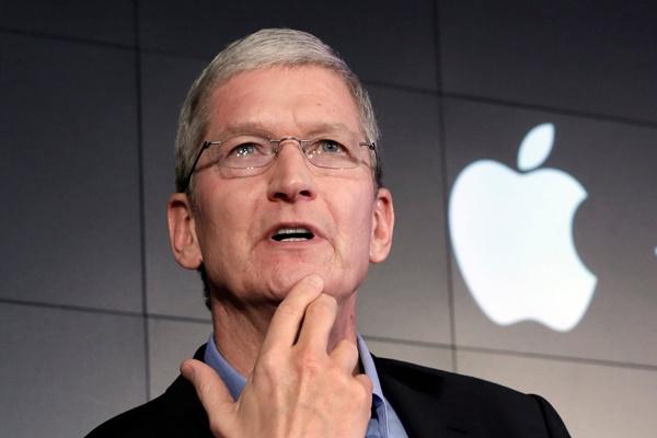 CEO Tim Cook đã có tầm ảnh hưởng đến Steve Jobs và Apple từ trước khi gia nhập công ty