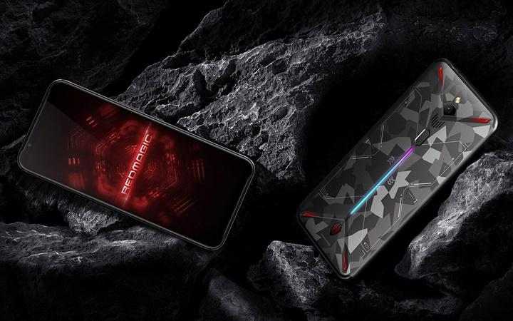 Smartphone chơi game tích hợp quạt làm mát và có thể quay video 8K