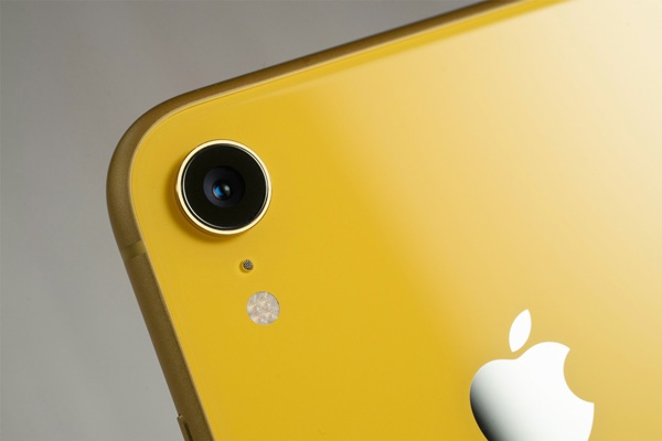 """Hòa giải với Qualcomm, hóa ra Apple đã """"mồi chài"""" sếp 5G Intel từ mấy tháng trước"""