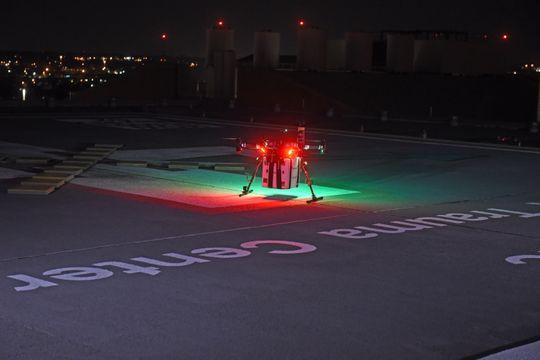 Lần đầu tiên trên thế giới drone được dùng để chuyển nội tạng đi hơn 4km cứu người