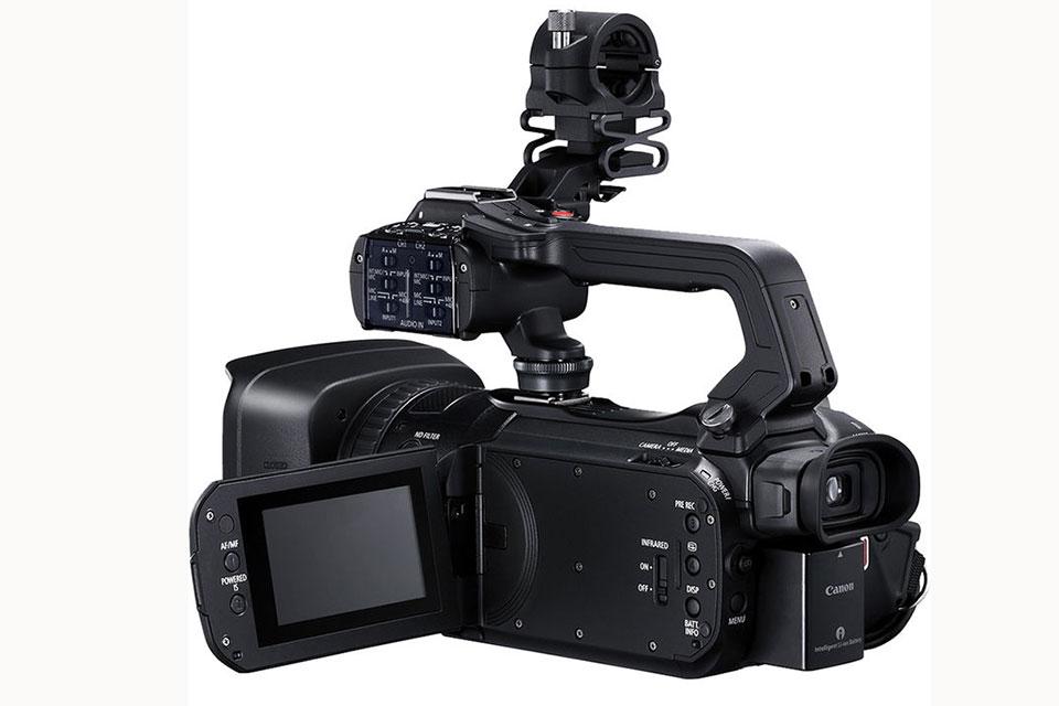 Canon ra mắt hai máy quay phim 4K đầu tiên ở Việt Nam, giá 45-65 triệu đồng