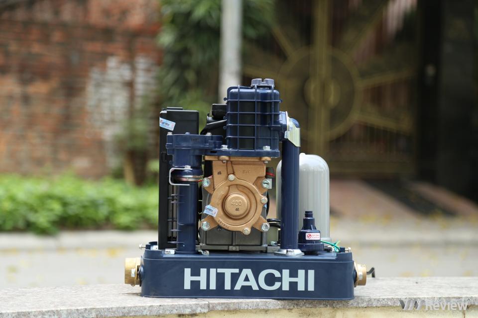 """Đánh giá máy bơm nước Hitachi Inverter WM-P400GX: Đắt có """"xắt ra miếng""""?"""