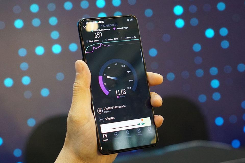 Viettel vừa thử nghiệm 5G lần đầu tiên ở Việt Nam trên điện thoại Oppo Reno