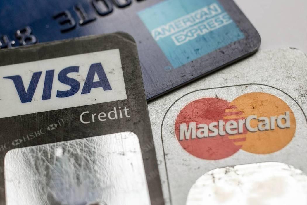 Vì sao thẻ Visa và MasterCard không thể và không nên vào thị trường Trung Quốc?