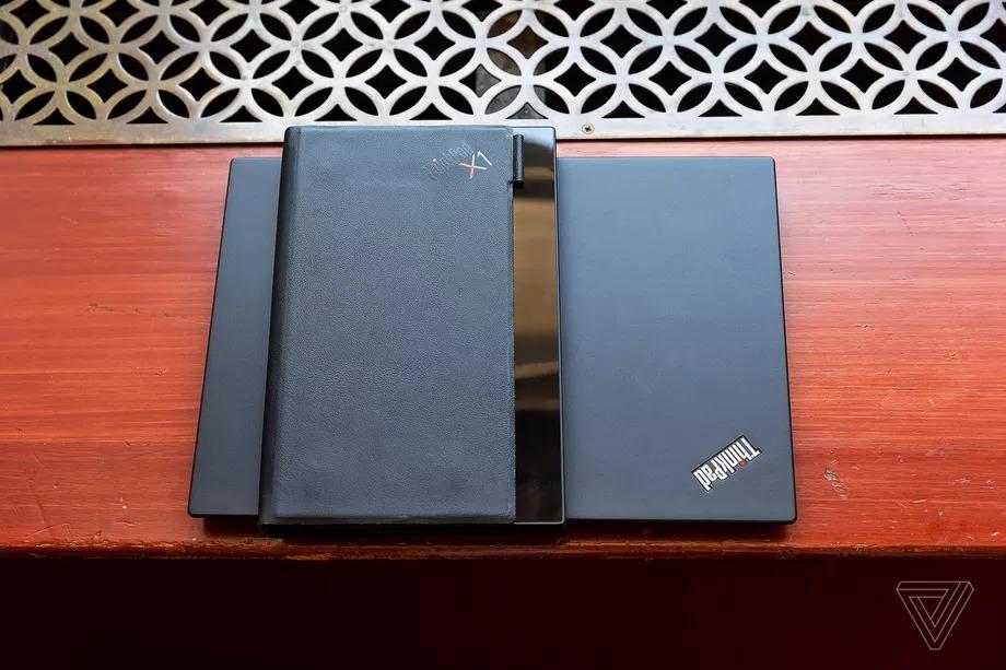Lenovo công bố chiếc PC có thể gập đầu tiên trên thế giới