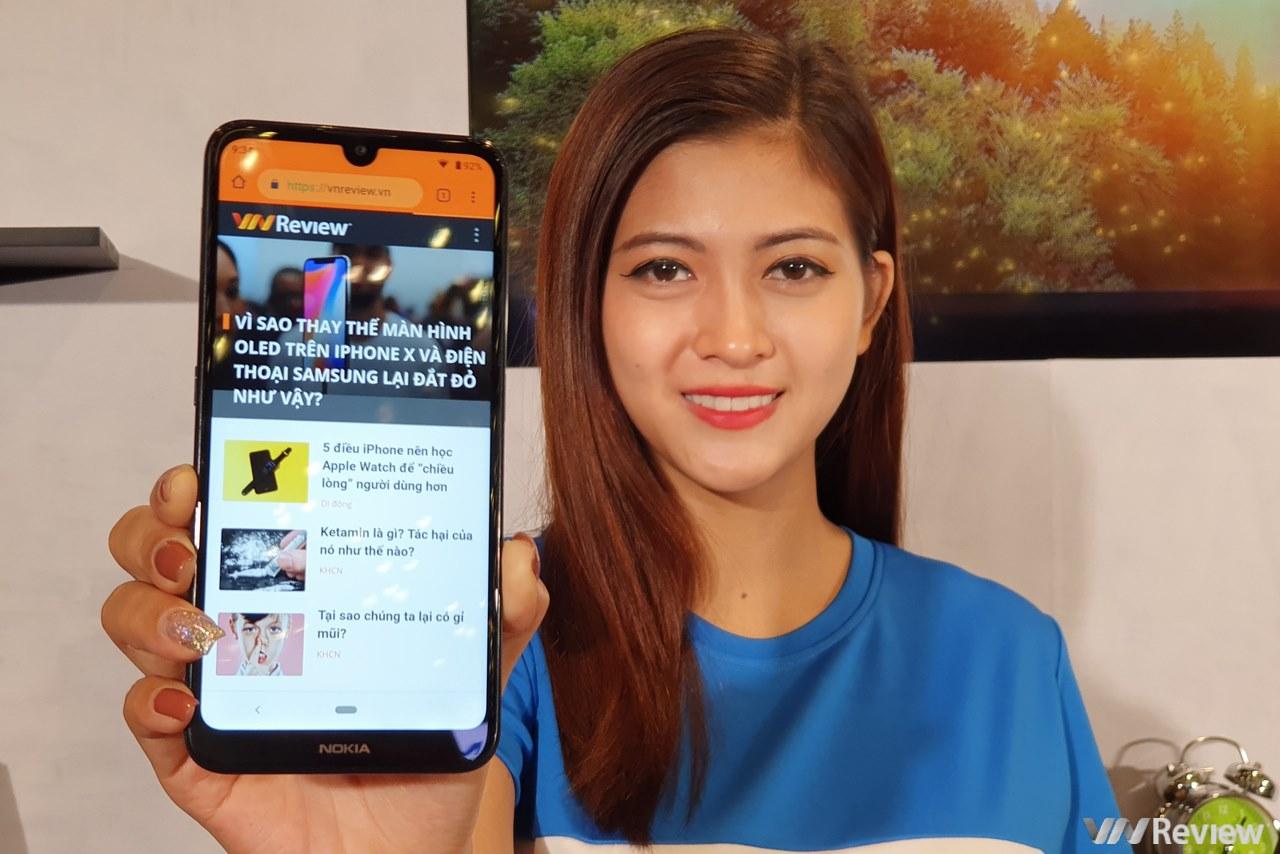 Nokia 3.2 ra mắt tại VN giá 3 triệu đồng: màn 6.23 inch, Snapdragon 429, pin 4000 mAh, phím cứng Google Assistant