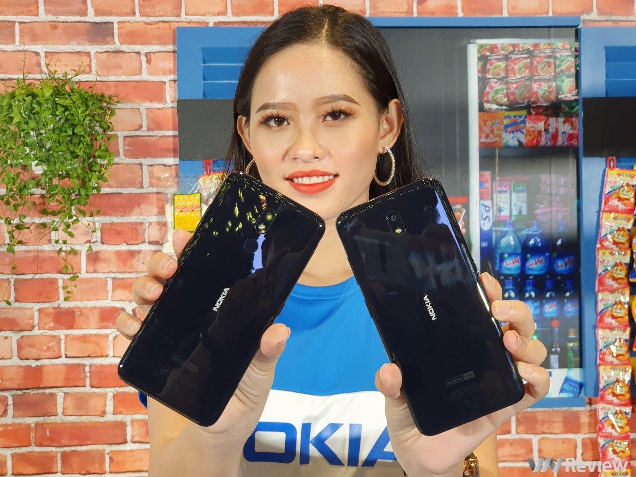 Nokia 3.2 ra mắt tại VN: hòa theo trào lưu màn hình giọt nước, Snapdragon 429, pin 4000 mAh, phím Google Assistant chuyên dụng, giá từ 2,99 triệu đồng