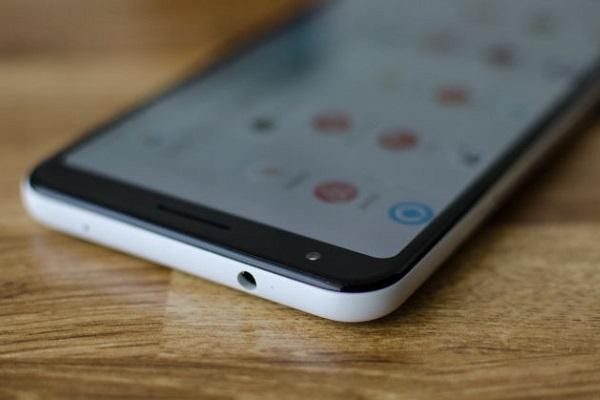 Vì sao Google Pixel 3a vẫn giữ cổng tai nghe 3.5mm?