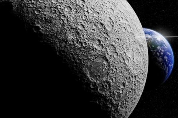 """NASA: Mặt Trăng đang dần """"teo"""" như trái nho khô bị vắt kiệt nước"""