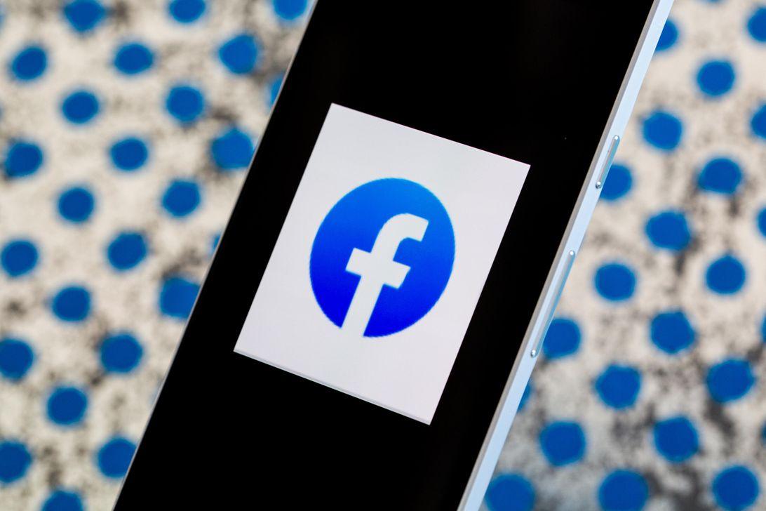"""Facebook có """"nghe lỏm"""" chúng ta nói chuyện điện thoại để quảng cáo không?"""