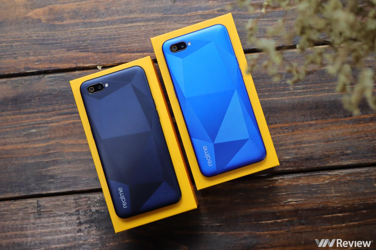 Trên tay Realme C2 sắp bán ở Việt Nam: thiết kế lạ, pin lớn, giá dự kiến dưới 3 triệu đồng