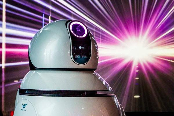 LG sẽ có phần cứng chuyên dụng để mang AI vào robot hút bụi, máy giặt, tủ lạnh, điều hòa