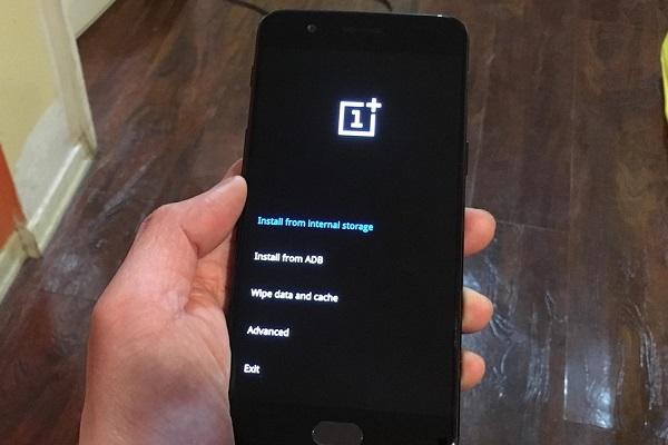Chúng ta có nên xóa bộ nhớ đệm hệ thống trên điện thoại Android không?