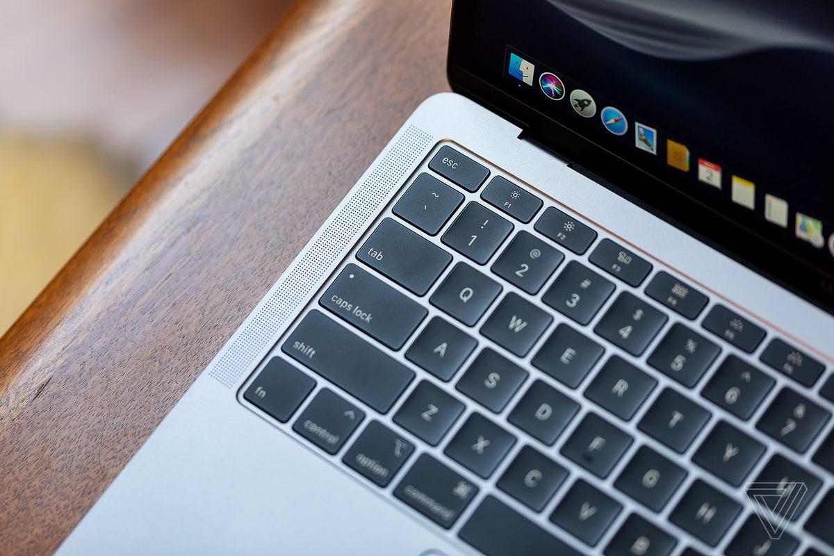 Apple lại sửa thiết kế bàn phím 'cánh bướm' MacBook Pro, mở rộng chương trình sửa chữa miễn phí