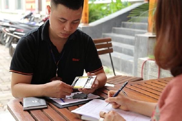 Hãng điện thoại đầu tiên tung dịch vụ bảo hành, sửa chữa tại nhà