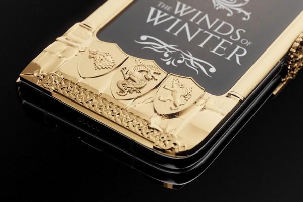 Caviar ra mắt Galaxy Fold phiên bản Game of Thrones, dát vàng xung quanh, giá lên tới 8.180 USD