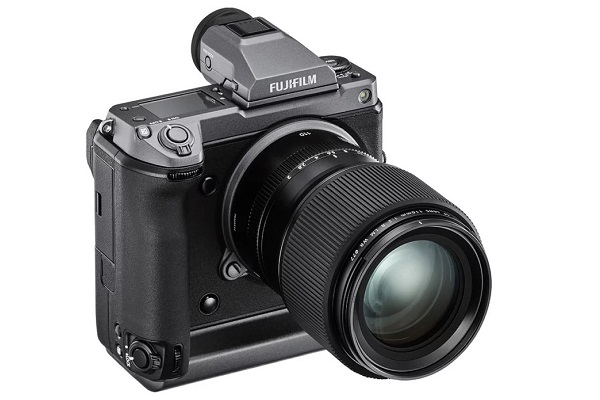 Fujifilm tung ra GFX100: mirrorless medium format độ phân giải tới 102MP, giá 10.000 USD