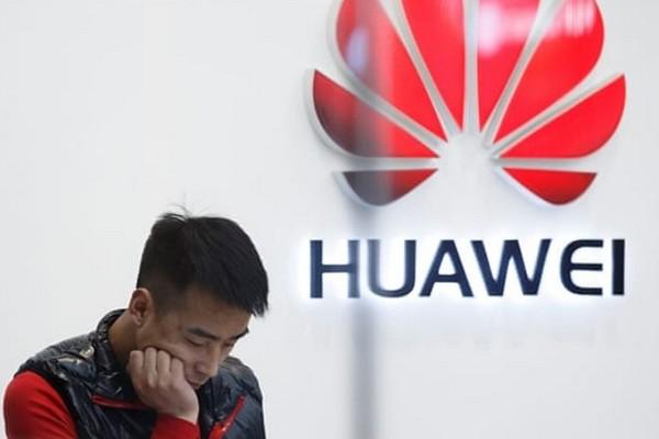 Hết Toshiba, Panasonic và giờ hiệp hội thẻ nhớ SD cũng gạch tên Huawei