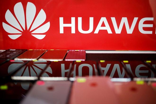 Đến lượt Microsoft chia tay Huawei