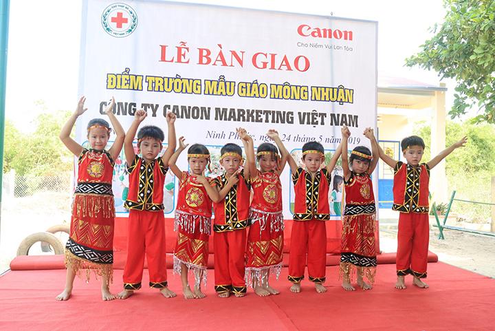 Canon tặng phòng học mới cho trường mẫu giáo Ninh Thuận và Kon Tum