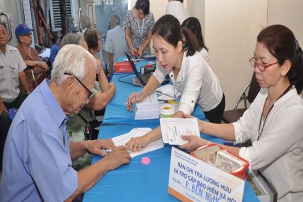 Tuổi nghỉ hưu sẽ được tăng lên từ năm 2021?