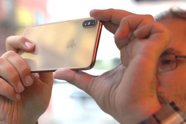 Doanh số iPhone có thể giảm mạnh do Mỹ áp thuế 25% lên sản phẩm nhập khẩu từ Trung Quốc