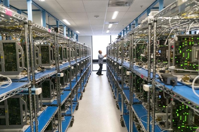 """Khám phá cơ sở thử nghiệm sản phẩm tối mật của Apple, nơi """"test"""" độ bền iPhone với nhiệt độ -40 độ C"""