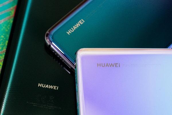 Huawei giảm đơn đặt sản xuất điện thoại mới, cân nhắc lại tham vọng vị trí đứng đầu