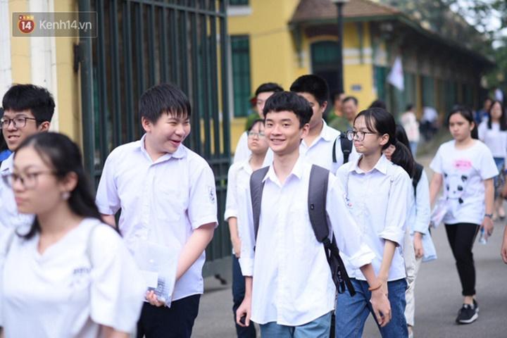 Kết thúc kỳ thi tuyển lớp 10 tại Hà Nội: 9 thí sinh vi phạm quy chế