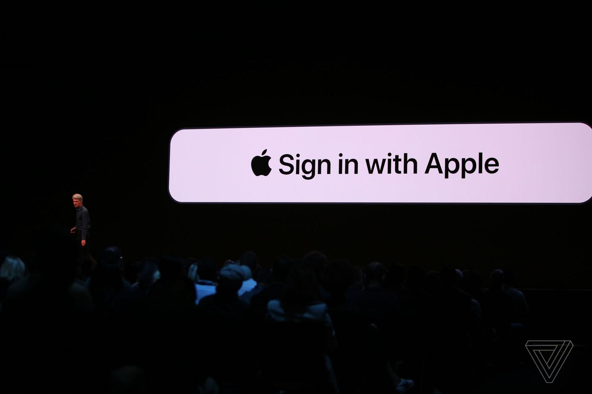 Apple buộc các nhà phát triển iOS phải tích hợp tuỳ chọn đăng nhập bằng Apple ID vào ứng dụng