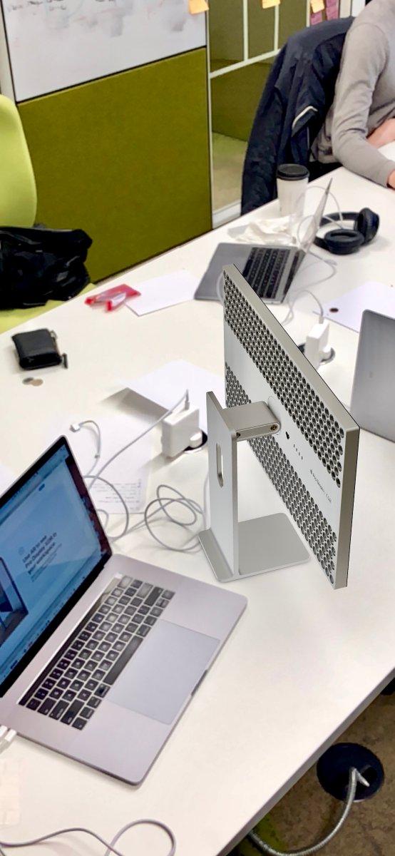 Apple tận dụng AR nhằm giúp bạn mô phỏng chiếc máy Mac Pro khi đặt trên bàn