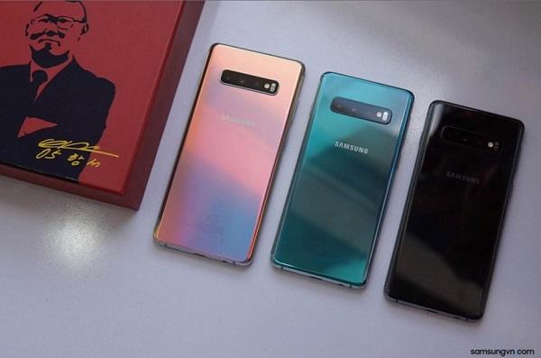 Samsung Galaxy S10+ ra phiên bản Park Hang-seo
