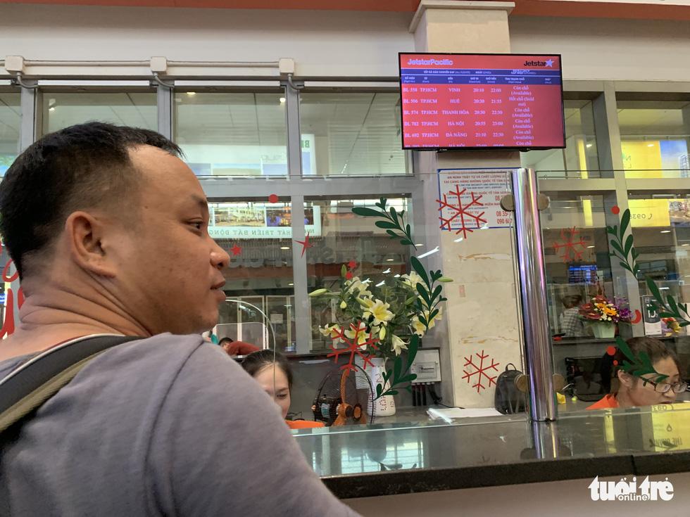 Ngưng phát thanh thông tin chuyến bay ở Tân Sơn Nhất