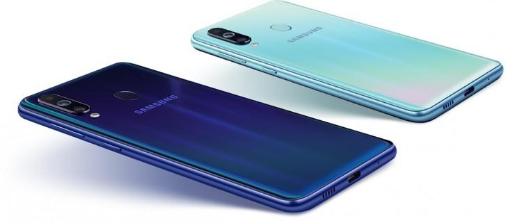 Samsung trình làng Galaxy M40: Màn hình Infinity-O, Snapdragon 675 cùng cụm 3 camera