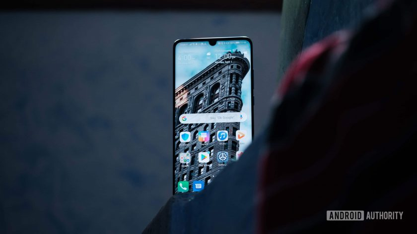 Huawei vẫn đang phát triển EMUI 10 dựa trên nền Android Q