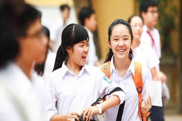 Thi tuyển sinh lớp 10 Hà Nội: 8 điểm mỗi môn vẫn trượt, 3 điểm lại đỗ