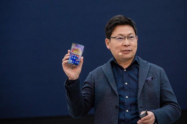 Người đàn ông này sẽ cứu lấy smartphone Huawei?