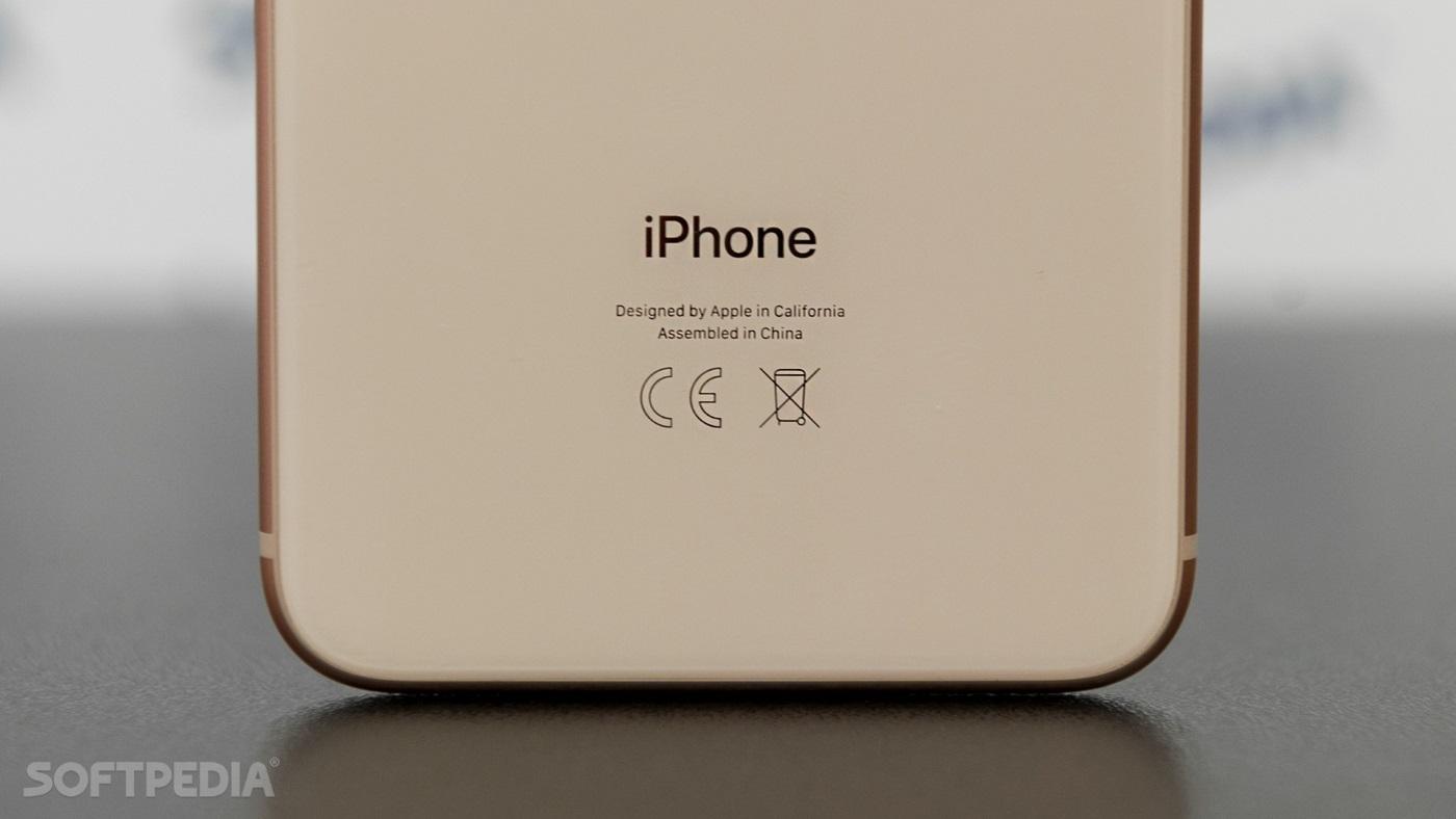 """Sản xuất ở Trung Quốc, nhưng vì sao iPhone vẫn là """"hàng Mỹ""""?"""