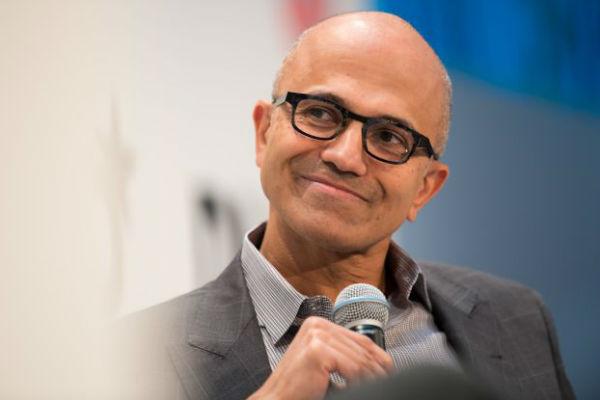Microsoft lại bán laptop Huawei trên cửa hàng trực tuyến