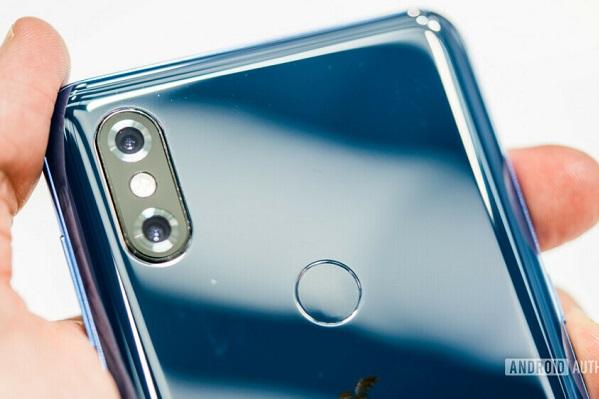 """Xiaomi có thể sẽ cho ra mắt smartphone cam 64 """"chấm"""""""
