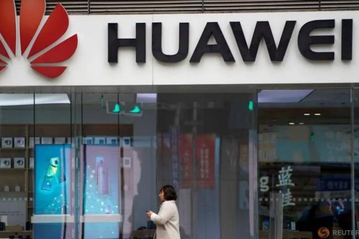 Huawei tung ra chương trình bảo hành đặc biệt: hoàn tiền 100% nếu điện thoại không dùng được Google và Facebook sau 2 năm