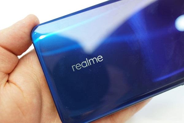 Realme sắp ra một smartphone có camera 64 MP ở mặt sau?