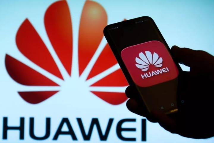 """Nhiều công ty Mỹ """"lách luật"""", tiếp tục giao dịch với Huawei bất chấp lệnh cấm"""
