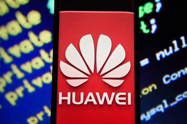 """Mất 30 tỉ USD, Huawei còn gì để """"mạnh miệng"""" nói vượt qua lệnh cấm?"""