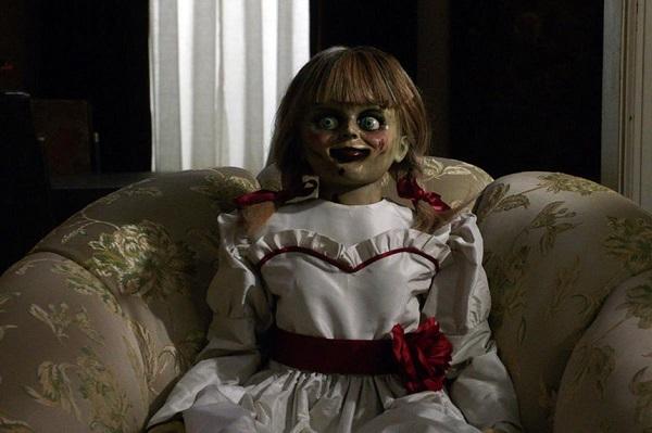 'Annabelle Comes Home': Ma quỷ nắn gân người xem, khán phòng run rẩy
