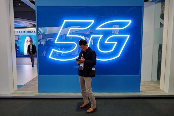 4 năm nữa smartphone 5G mới trở nên phổ biến