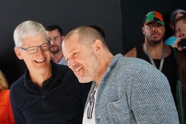 Tim Cook: các báo đã xuyên tạc về mối quan hệ của Apple với Jony Ive