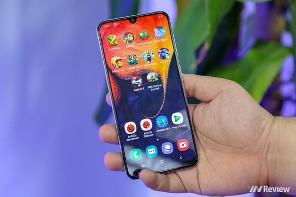 Với 6-7 triệu đồng, đây là 4 smartphone chính hãng sáng giá hiện nay