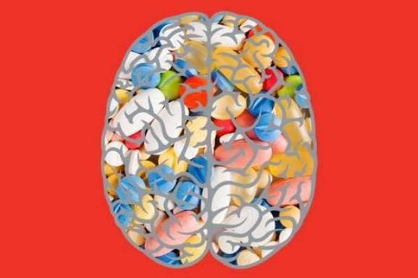 Nghiên cứu bất ngờ: Chúng ta không nên phí tiền mua thực phẩm bổ sung cho não bộ