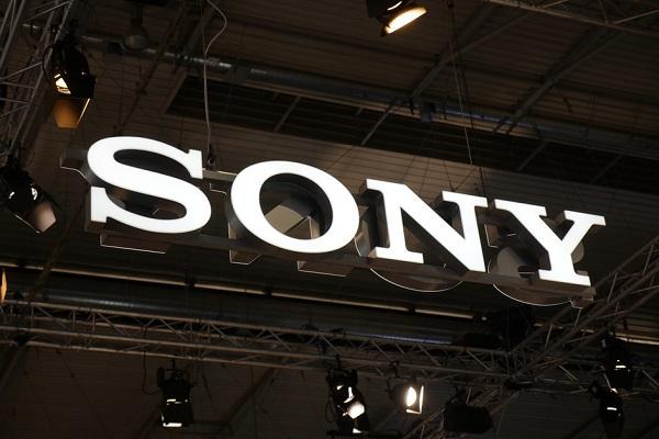 Sony đang phát triển điện thoại màn hình cuộn, bước đột phá mới cho nỗ lực quay trở lại